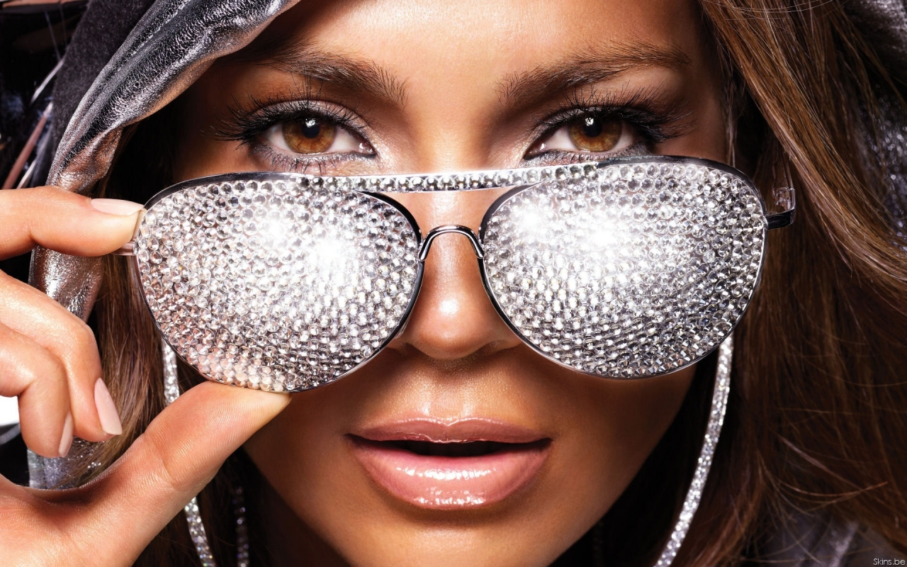 J.Lo Glasses for 1280 x 800 widescreen resolution