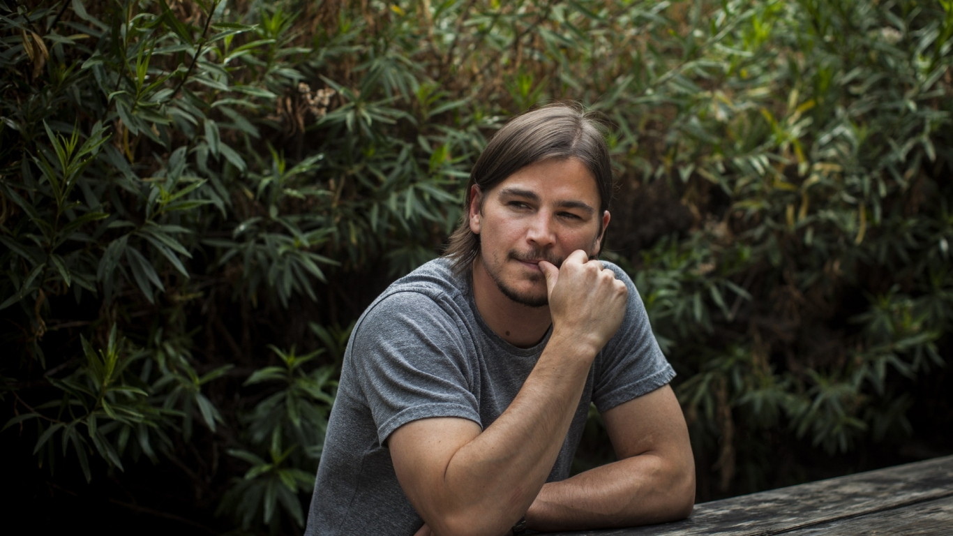 Josh Hartnett Actor for 1366 x 768 HDTV resolution