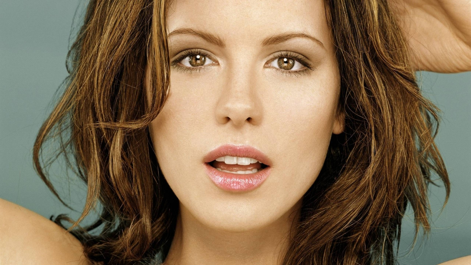 Kate Beckinsale Close Up for 1920 x 1080 HDTV 1080p resolution