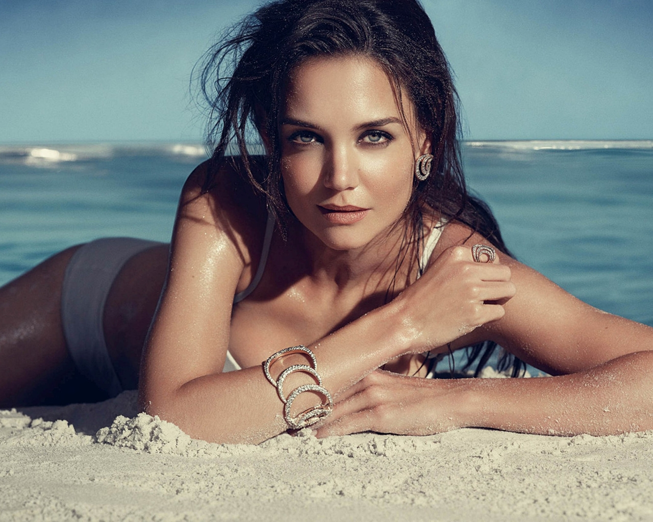 Katie Holmes Seaside for 1280 x 1024 resolution