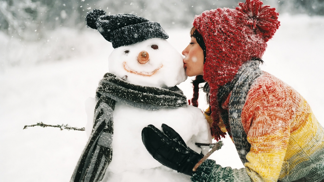 Kissing the Snowman for 1366 x 768 HDTV resolution