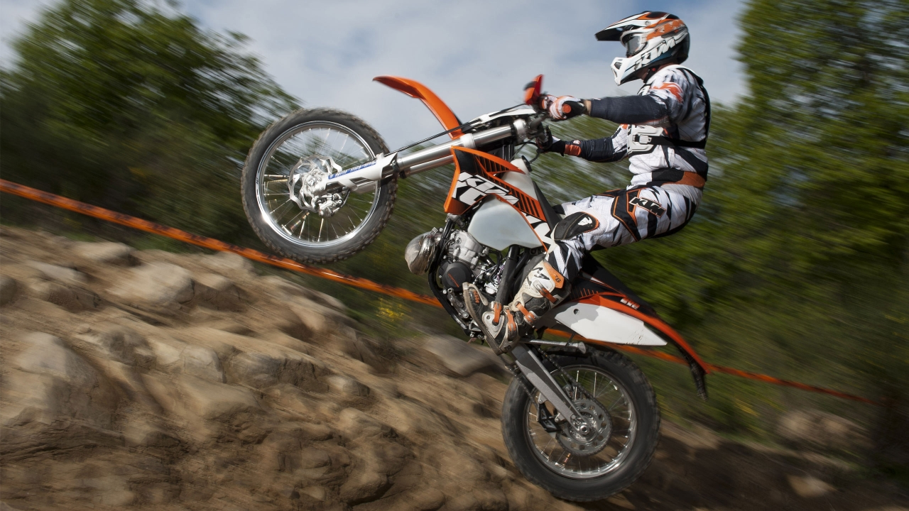 KTM EXC 200 2012 for 1280 x 720 HDTV 720p resolution