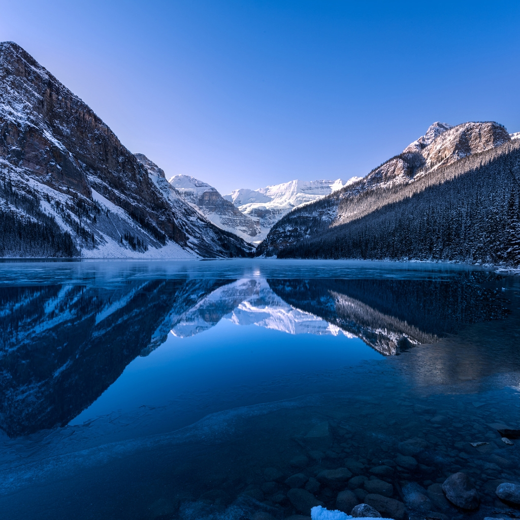 Lake Louise Landscape for 1024 x 1024 iPad resolution