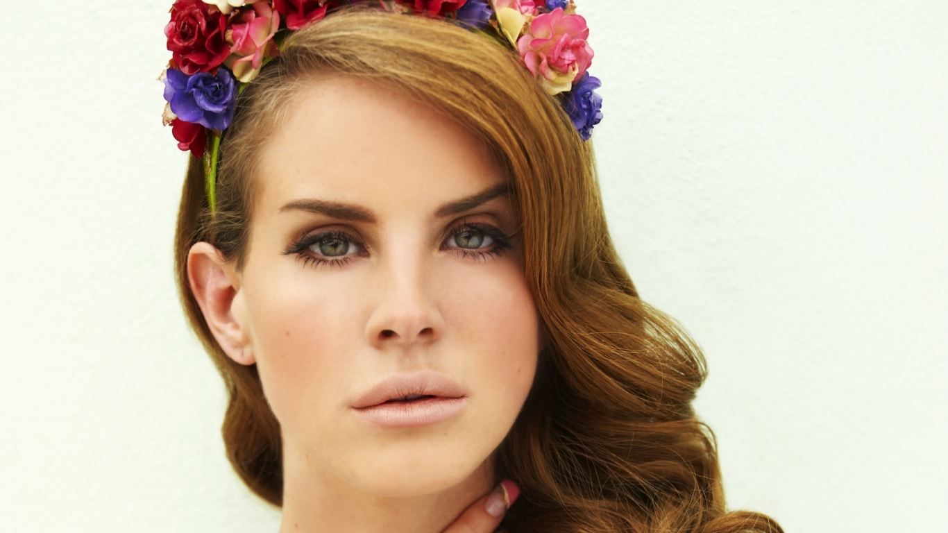 Lana Del Rey Floral Headband  for 1366 x 768 HDTV resolution