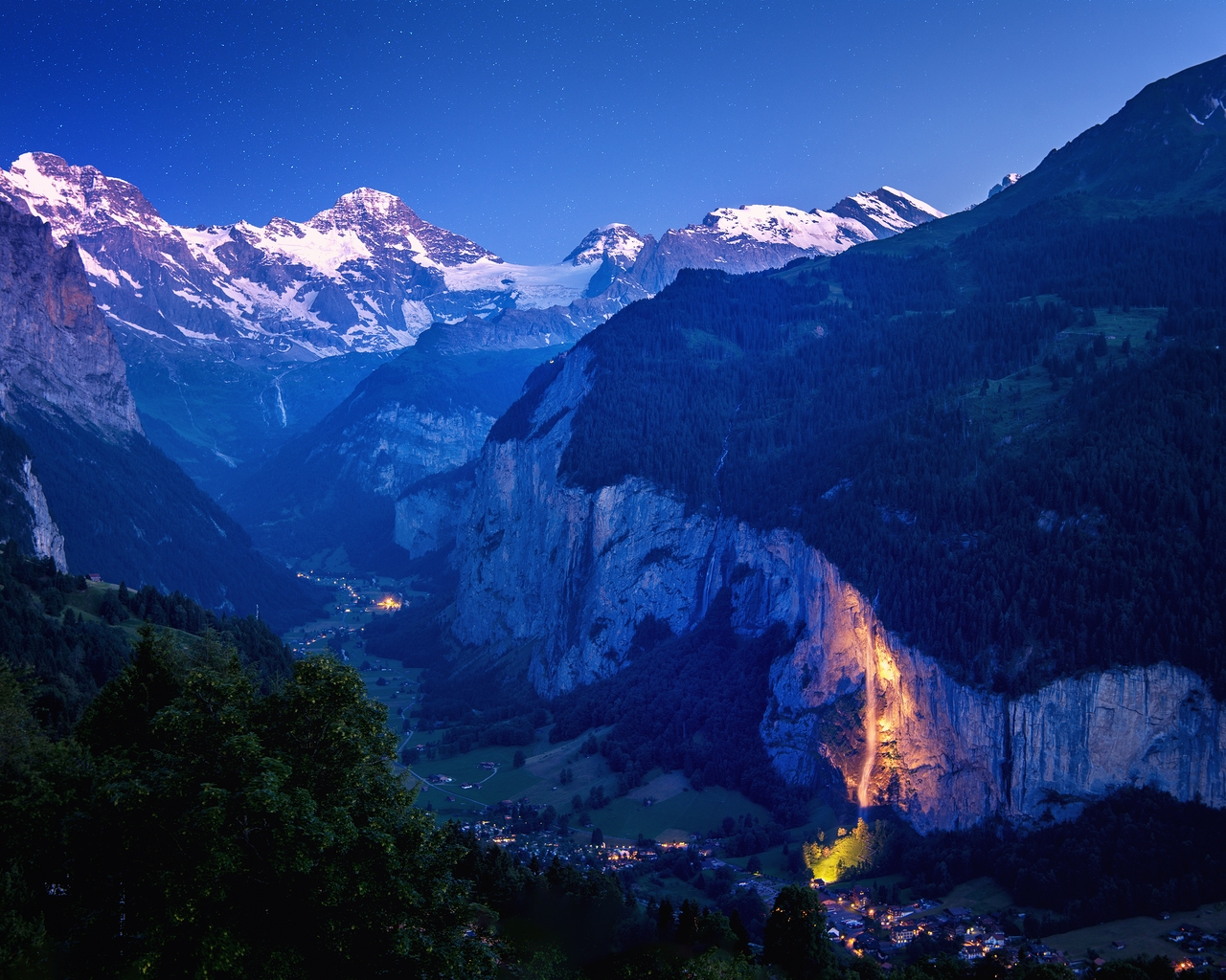 Lauterbrunnen Valley for 1280 x 1024 resolution