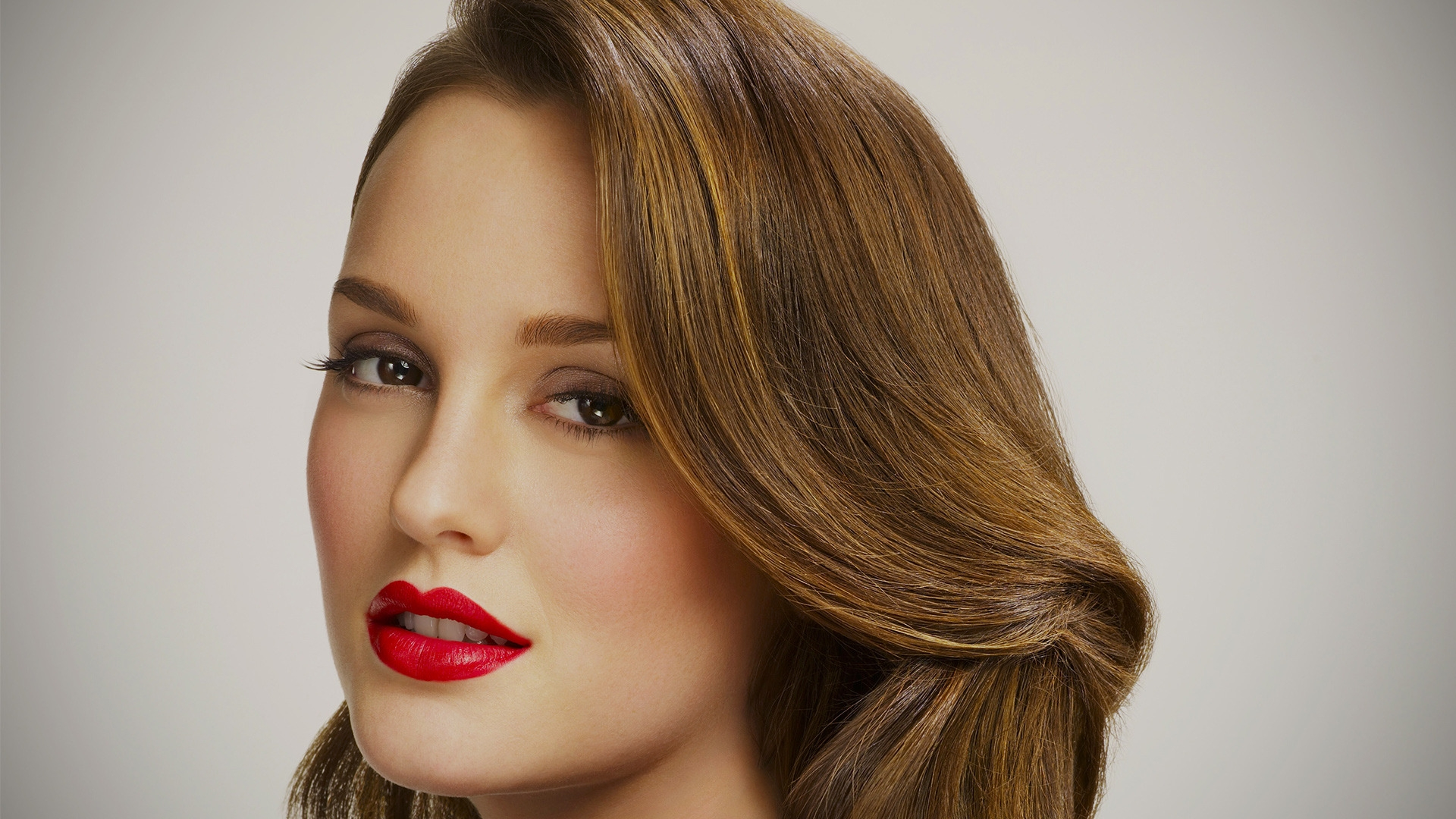 Leighton Meester Gorgeous for 1920 x 1080 HDTV 1080p resolution