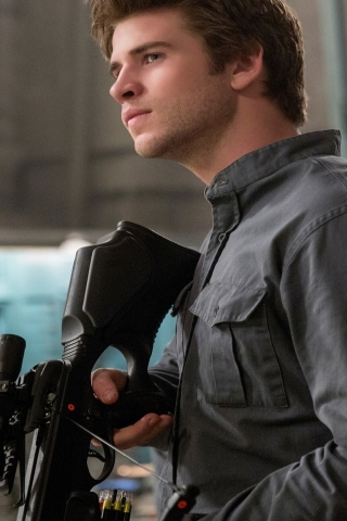 Liam Hemsworth in The Hunger Games for 320 x 480 iPhone resolution