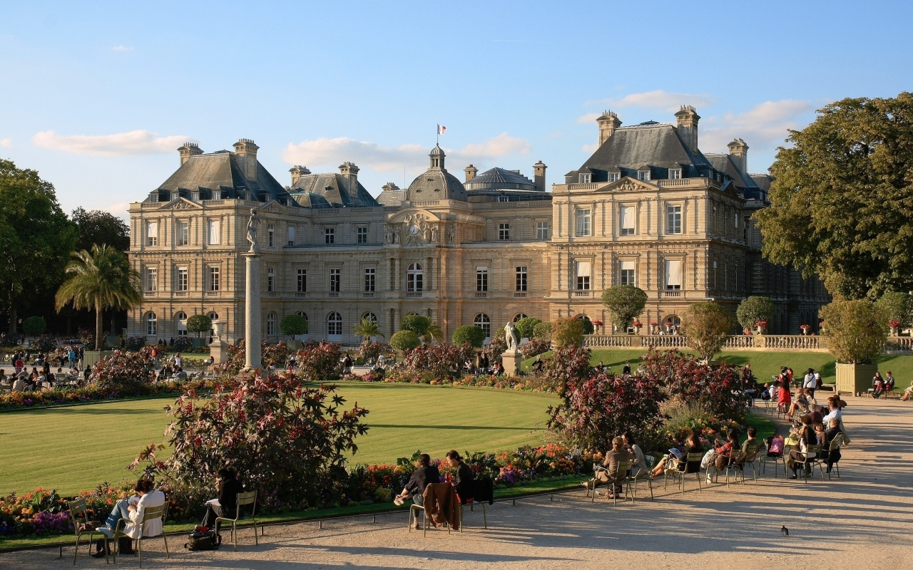 Luxembourg Palace Paris for 1280 x 800 widescreen resolution