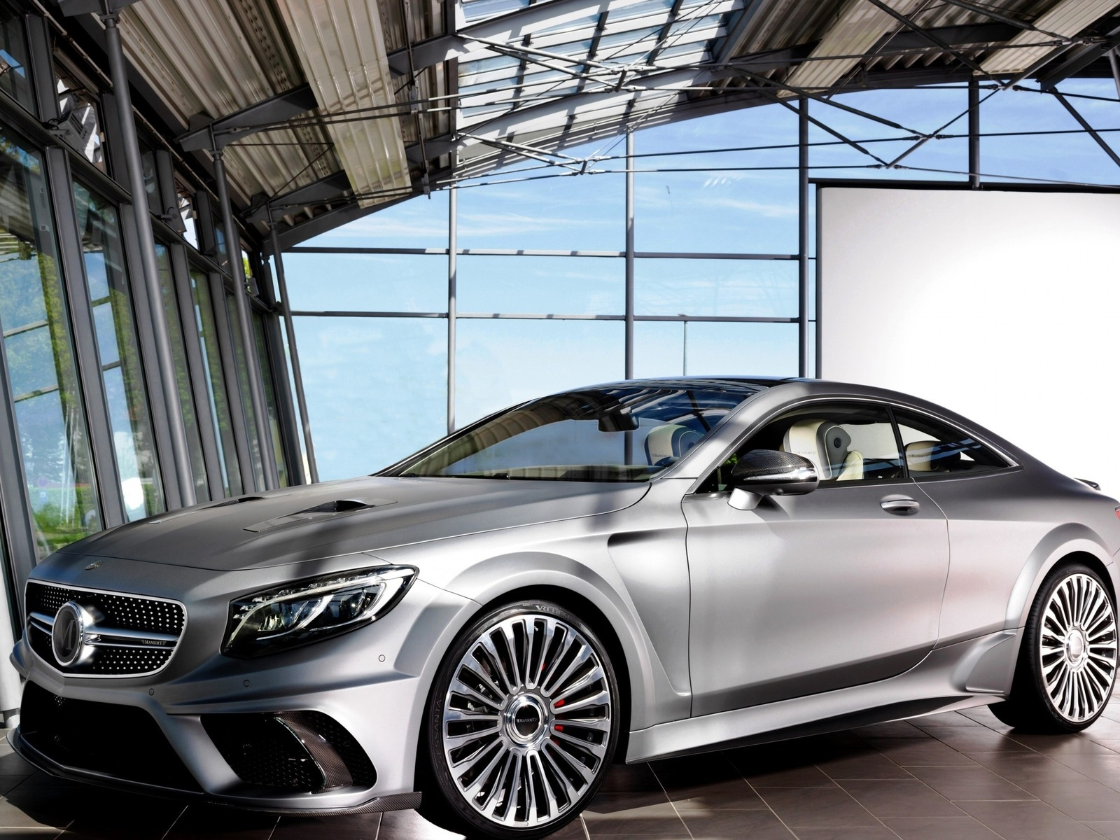 Mansory S 63 AMG Diamond Edition for 1600 x 1200 resolution