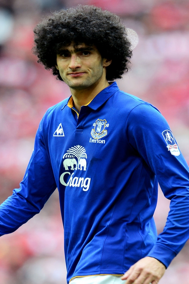 Marouane Fellaini Footballer for 640 x 960 iPhone 4 resolution