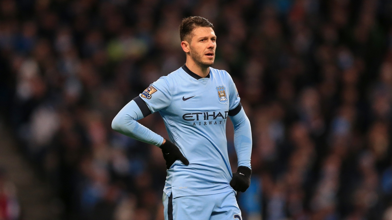 Martin Demichelis Football Player for 1366 x 768 HDTV resolution