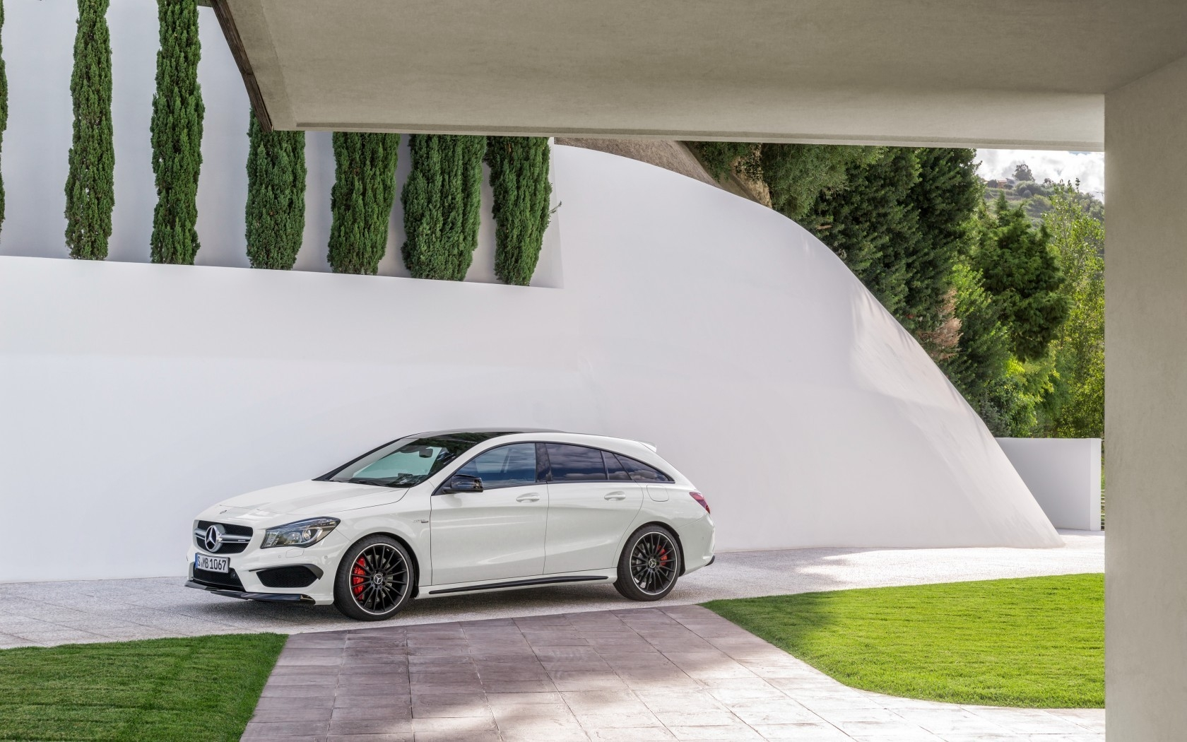 Mercedes CLA 45 AMG 2015 for 1680 x 1050 widescreen resolution