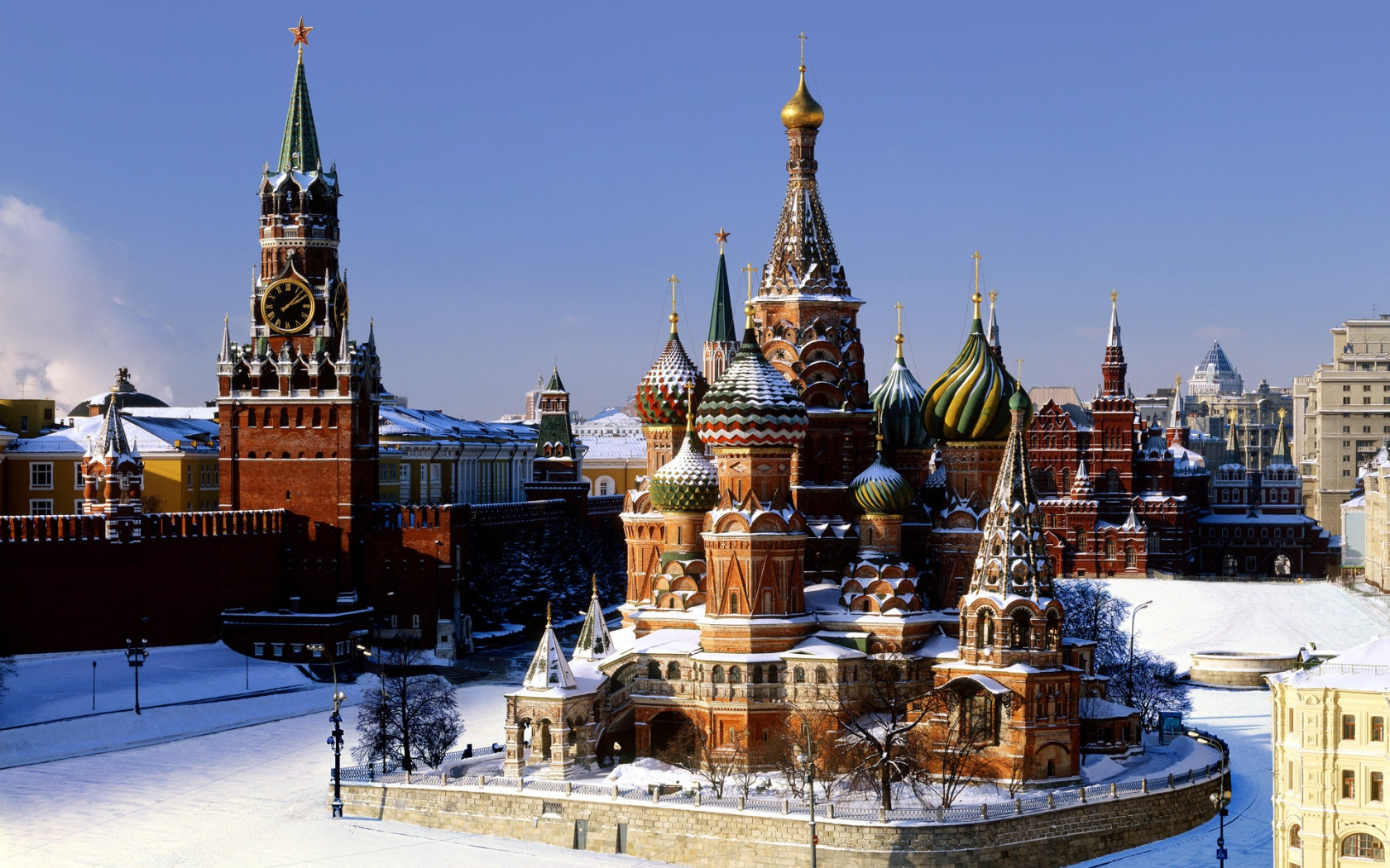 Moscow Kremlin for 1680 x 1050 widescreen resolution