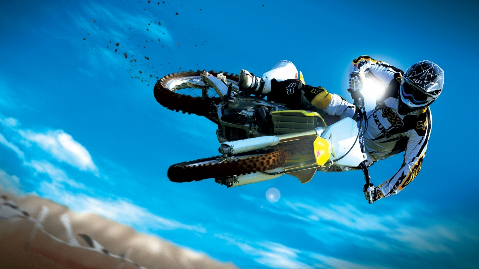 Moto Extreme Sport for 1600 x 900 HDTV resolution