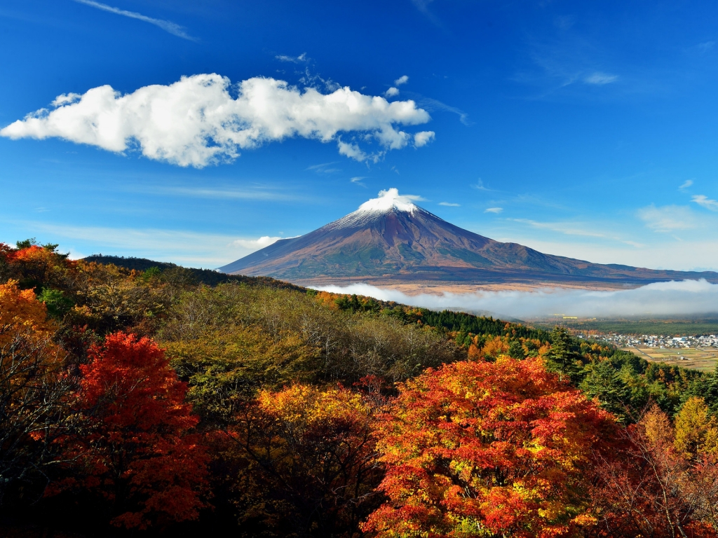Mount Fuji Japan for 1024 x 768 resolution