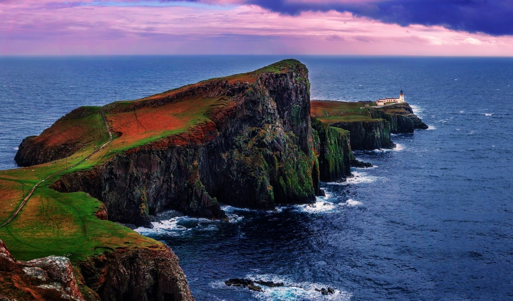 Neist Point Lighthouse UK for 1024 x 600 widescreen resolution