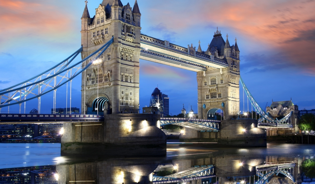 Night Over Tower Bridge for 1024 x 600 widescreen resolution