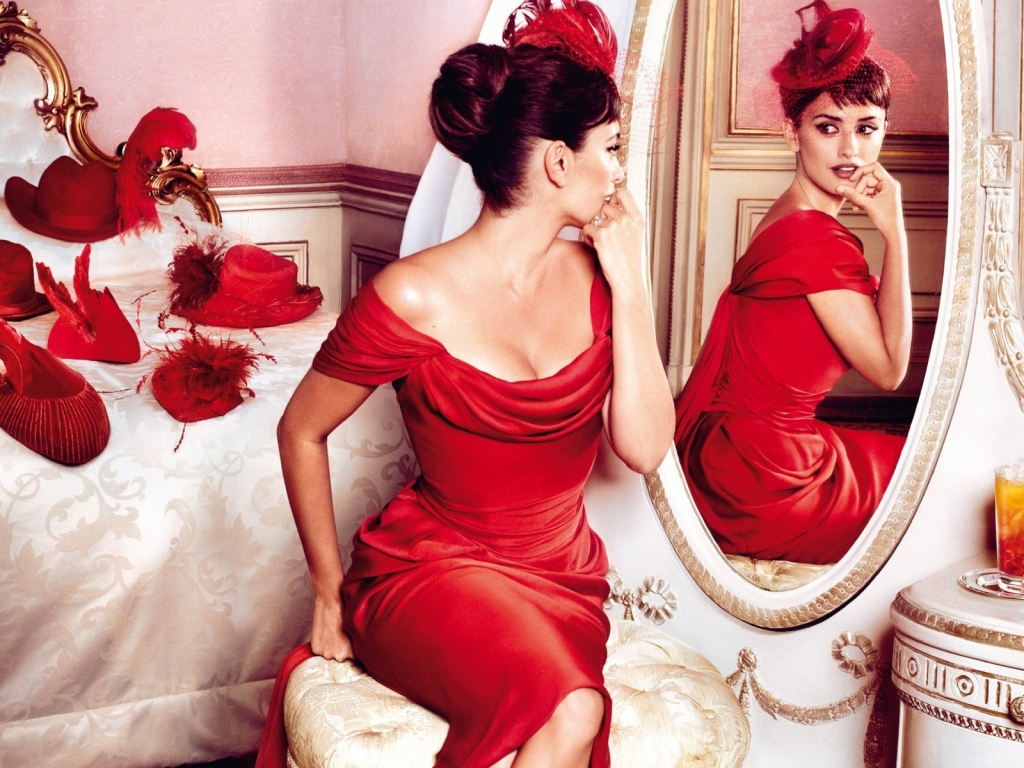 Penelope Cruz Red Outfit for 1024 x 768 resolution