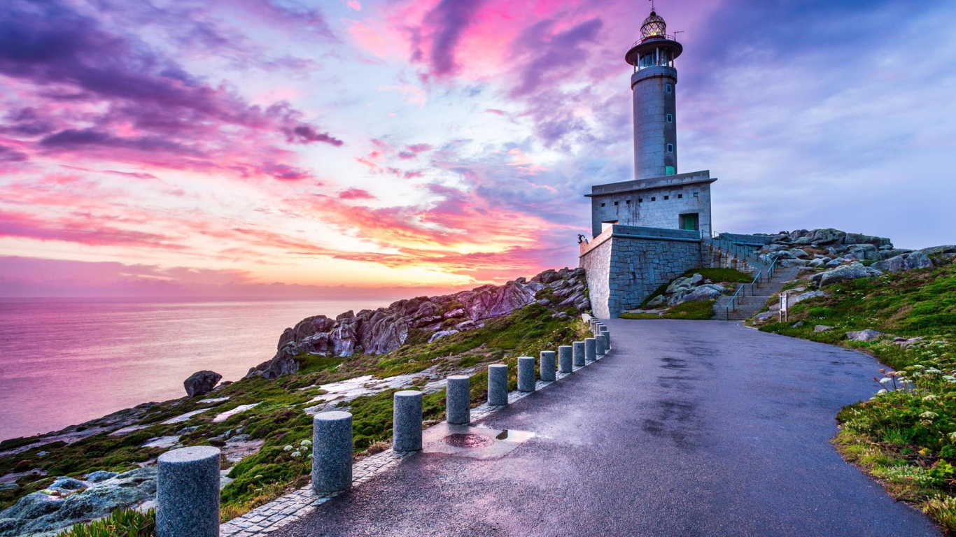 Punta Nariga Spain Lighthouse for 1366 x 768 HDTV resolution