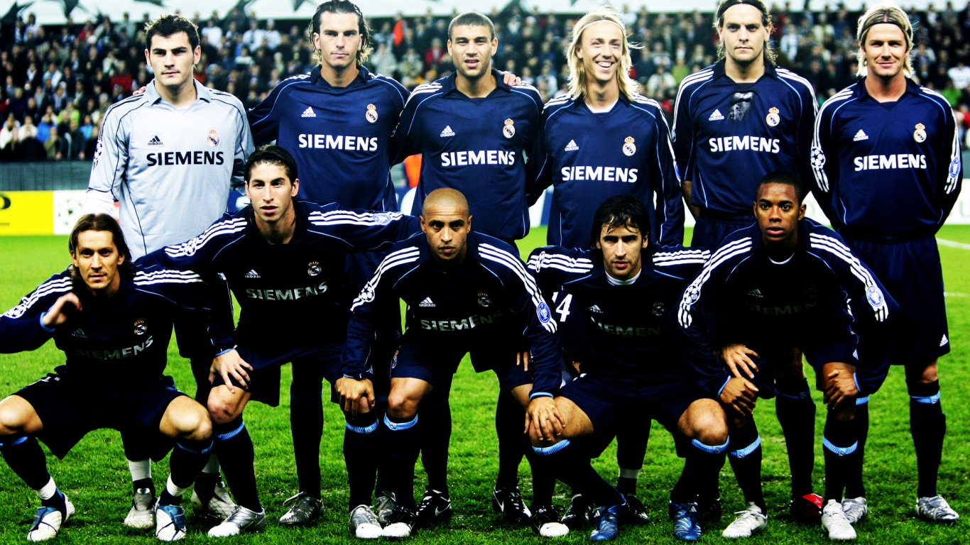 Real Madrid Team for 1366 x 768 HDTV resolution
