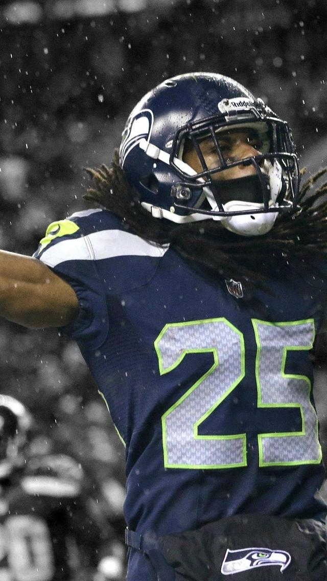 Richard Sherman Seahawks for 640 x 1136 iPhone 5 resolution