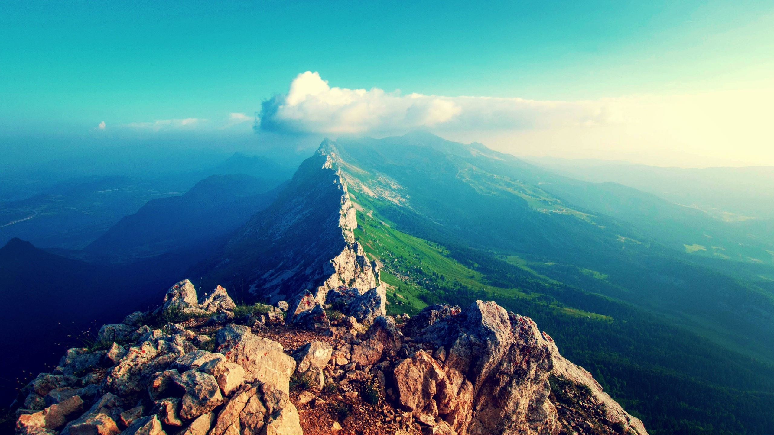 горы скалы небо облака высота природа  № 3352044 без смс