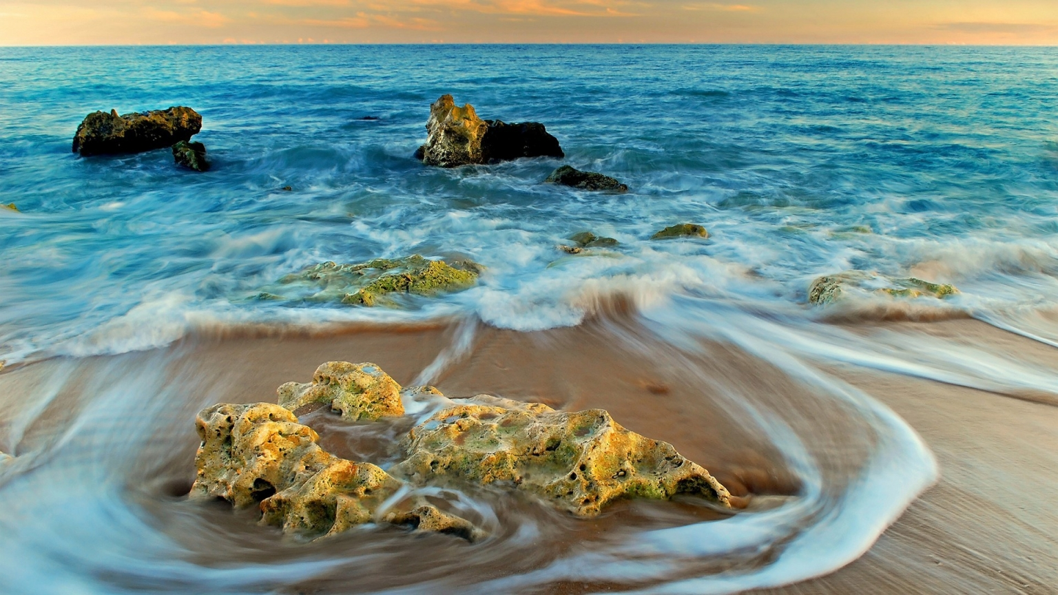 Rocks and Sea Landscape for 1536 x 864 HDTV resolution
