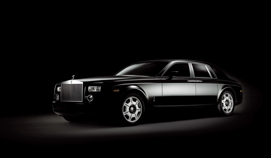 Rolls Royce Phantom Black for 1024 x 600 widescreen resolution