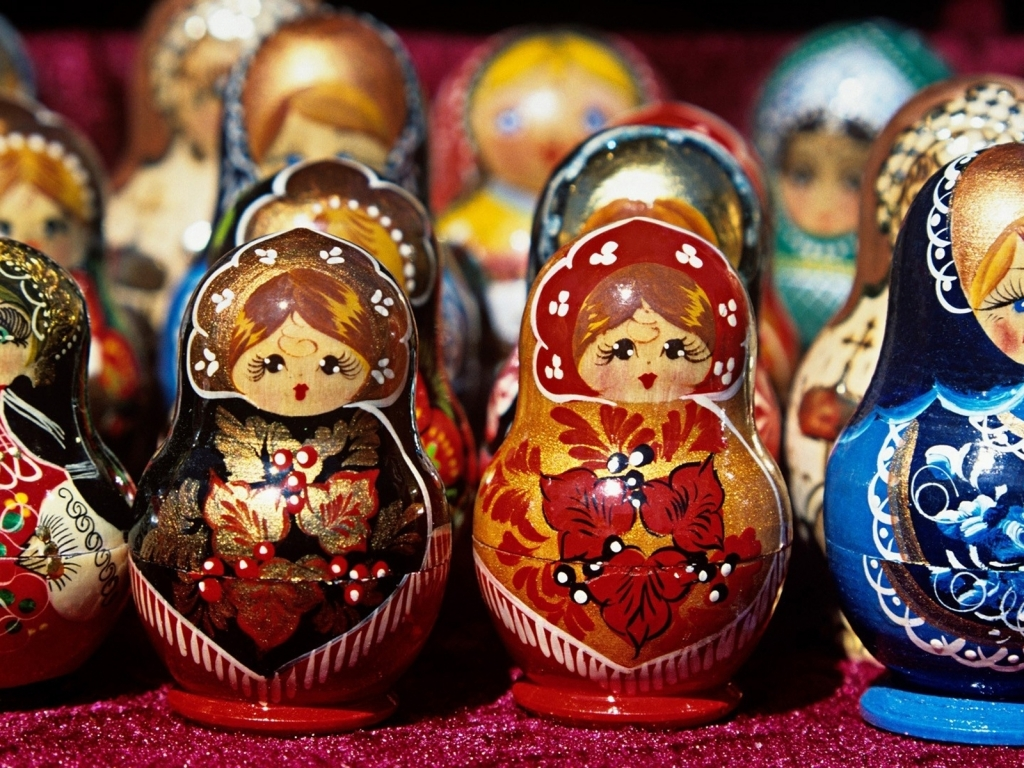 Russian Dolls for 1024 x 768 resolution