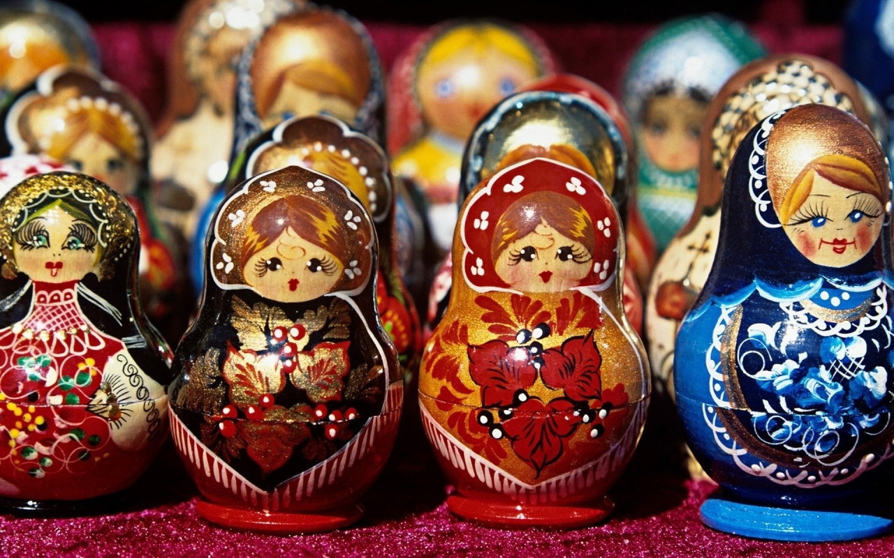 Russian Dolls for 1280 x 800 widescreen resolution