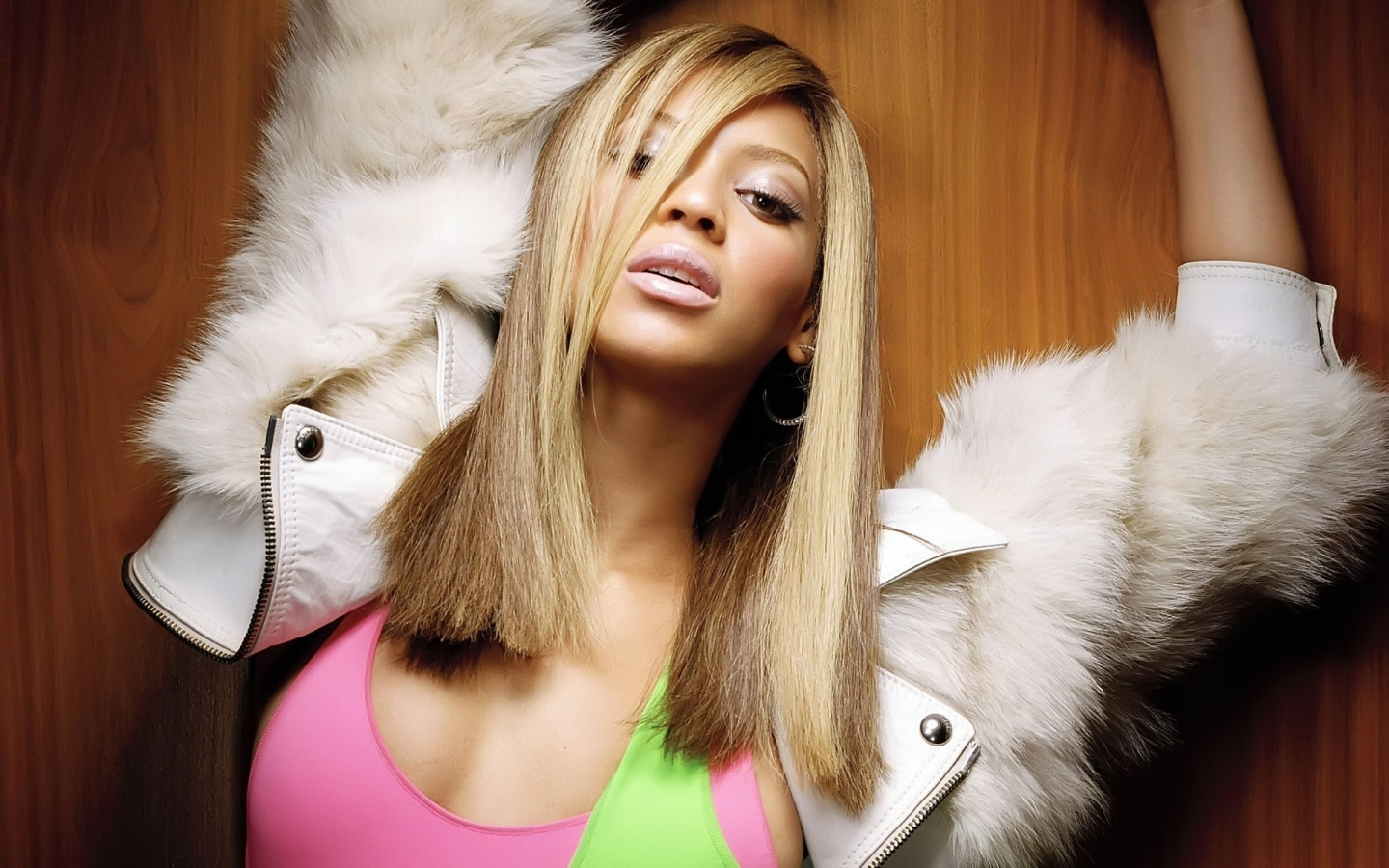Sensual Beyonce for 1440 x 900 widescreen resolution