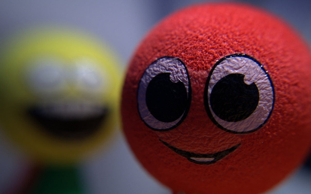 Smiley Ball for 1280 x 800 widescreen resolution