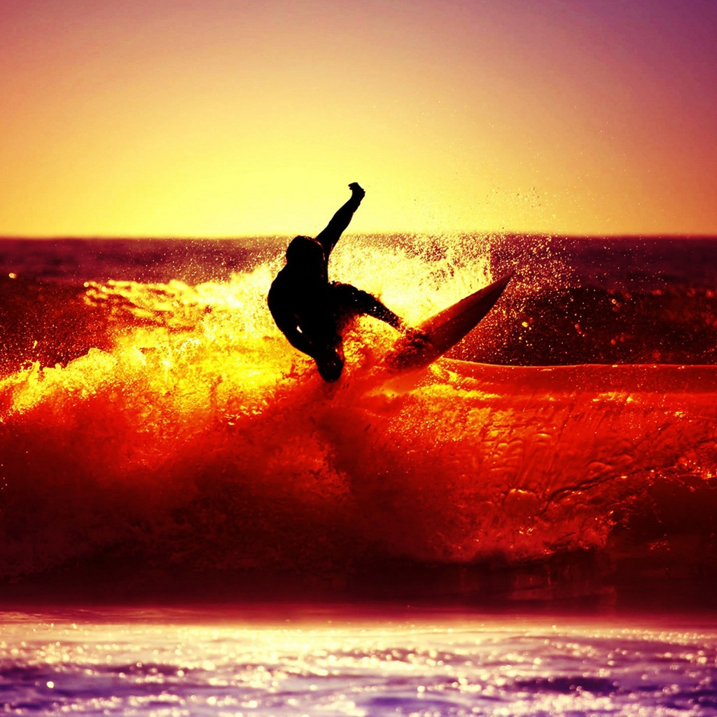 Sunset Surfing for 1024 x 1024 iPad resolution