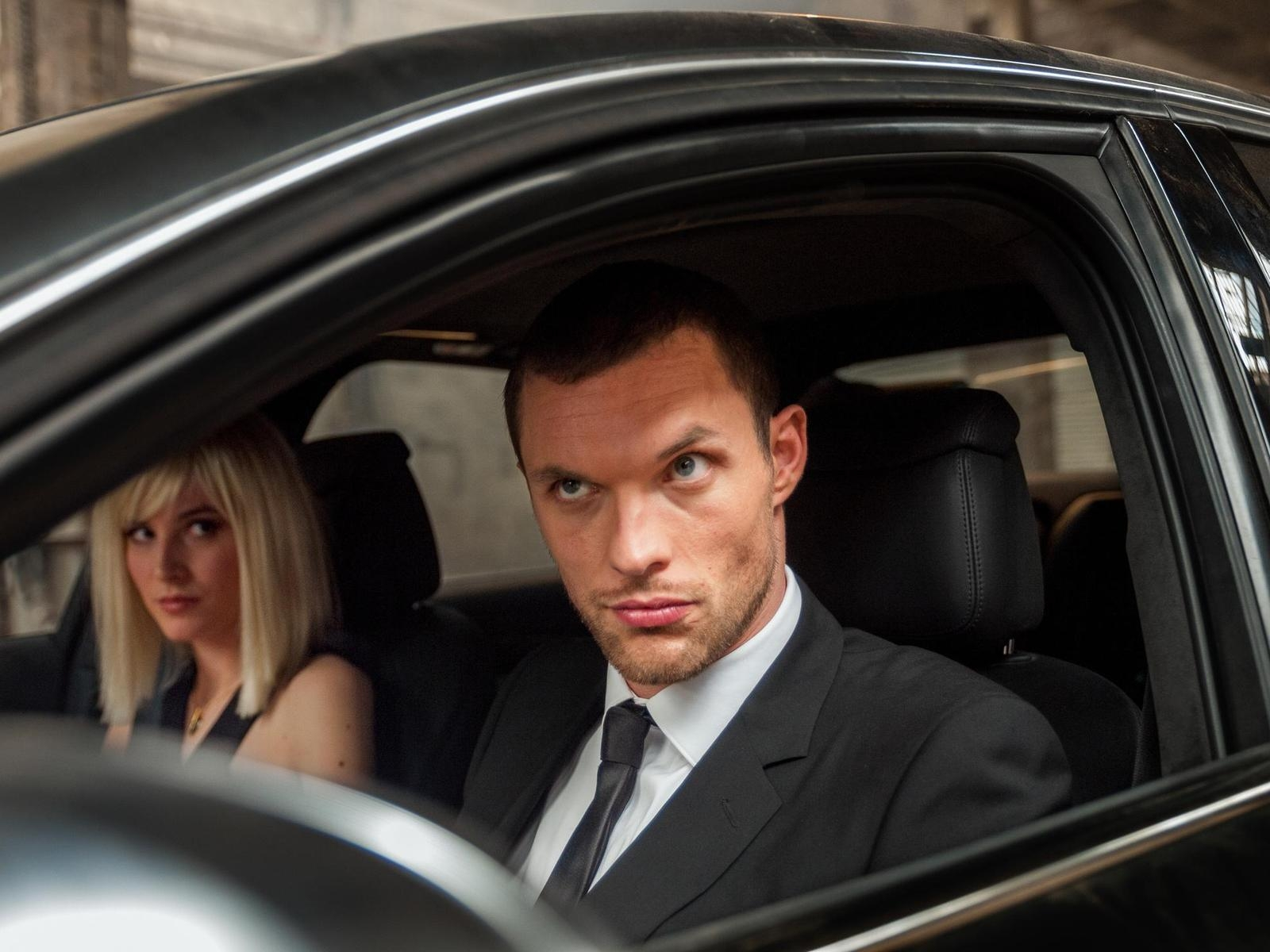 Transporter Refueled for 1600 x 1200 resolution