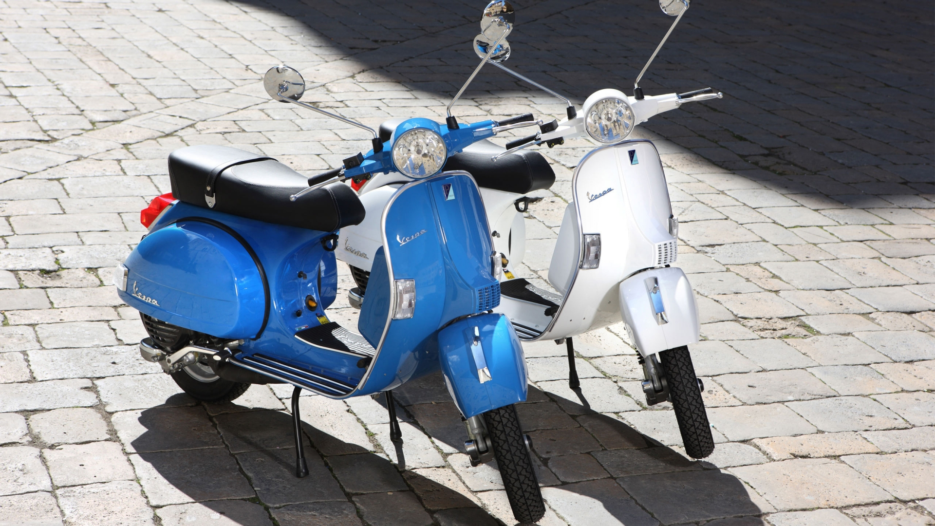 Vespa PX 150A 2011 for 1920 x 1080 HDTV 1080p resolution