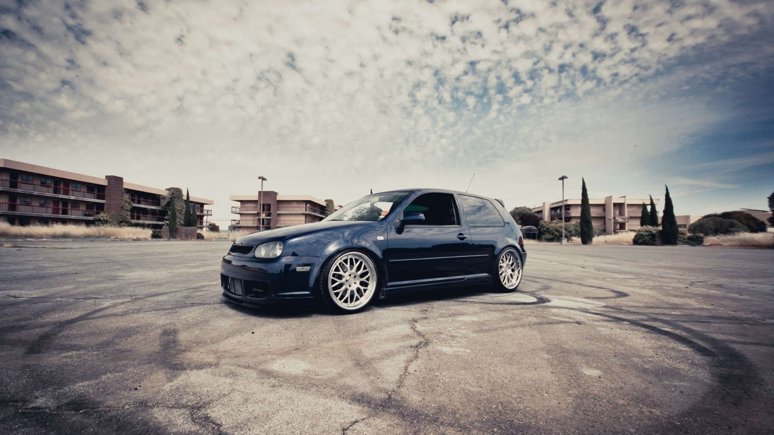 VW Golf III Coupe Tuning for 1536 x 864 HDTV resolution