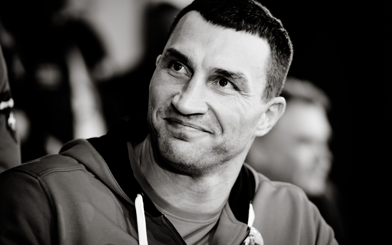 Wladimir Klitschko  for 1280 x 800 widescreen resolution