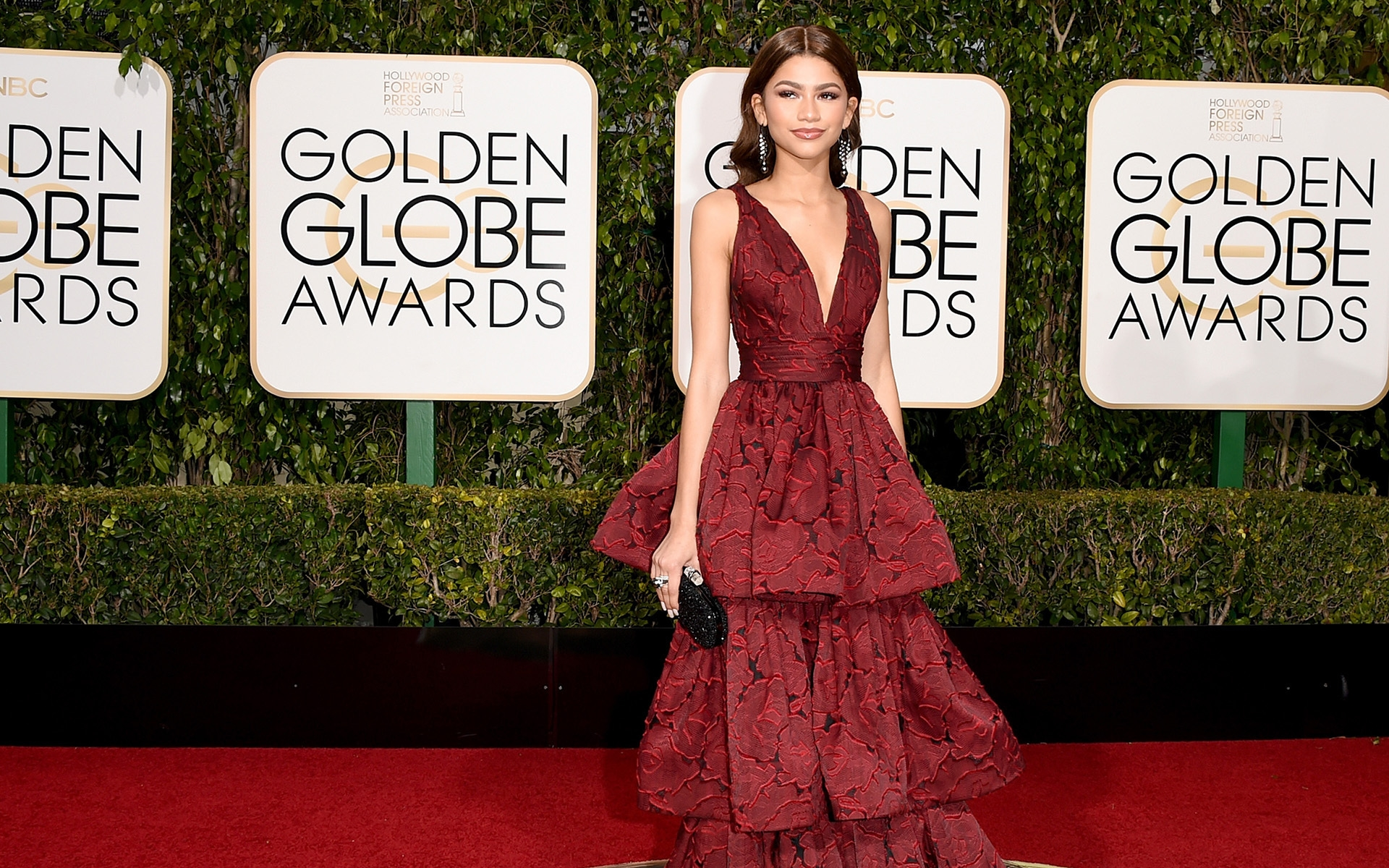 Zendaya Golden Globe Awards for 1920 x 1200 widescreen resolution